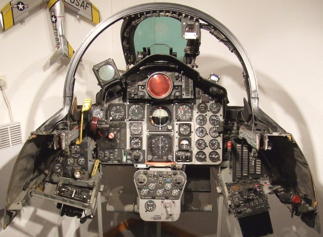 Renzo's F-4C cockpit section