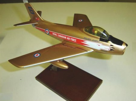FomAer Golden Hawk F-86 Sabre model