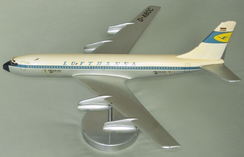 Lufthansa Boeing 707, Raise-Up Metalworks